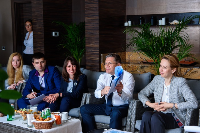At ATOMEXPO-2018, the head of Rosatom met with the youth activists of the nuclear industry enterprises